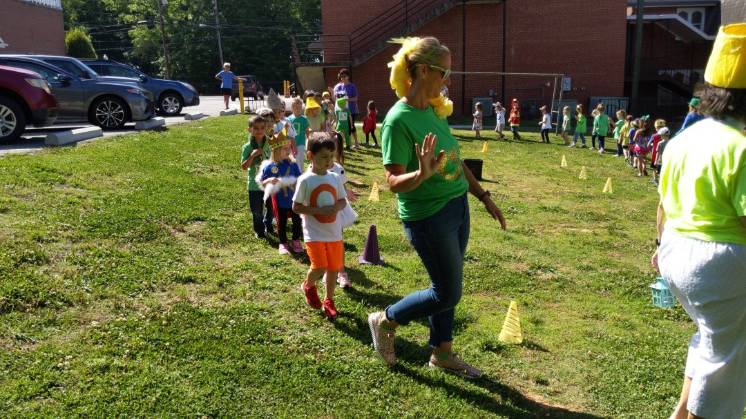 Deitre Junker, preschool teacher at First United Methodist Church leads her class in Letterland Parade